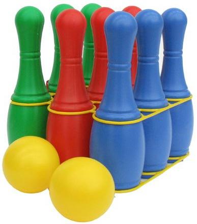 Кегли 9 шт. (Полесье) - Набор из 9 крупных кеглей зеленого и красного цвета (длина кегли 26 см) и двух шаров желтого цвета (диаметр шара 8 см). Замечательная игра, развивающая меткость, глазомер и координацию движений.