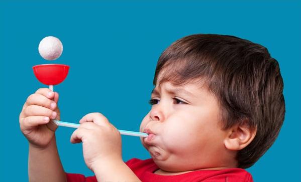 Аэробол - Аэробол эффективно развивает речевое дыхание у детей, имеющих различные речевые нарушения и у дошкольников с нормальным психофизическим развитием.