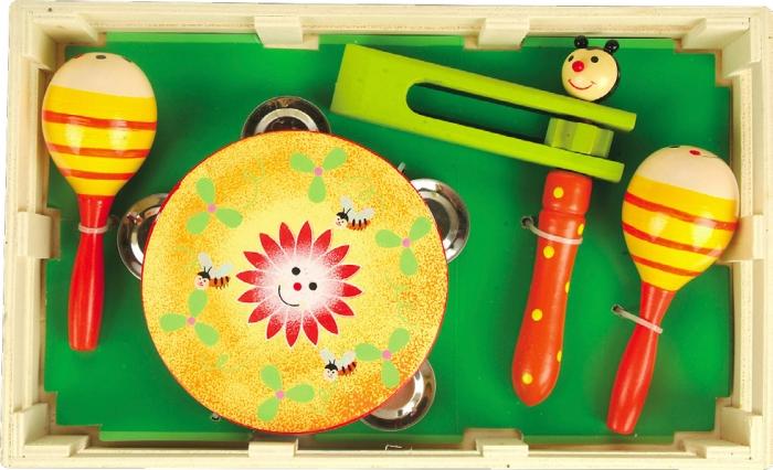 Музыкальный набор №2 (МДИ) - В набор входят: бубен, маракасы и круговая трещотка.