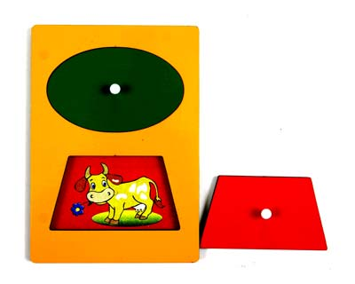 Секретики Медвежонок-Корова - Планшет размером А5 с двумя вкладышами геометрической формы, под которыми кто-то «прячется».