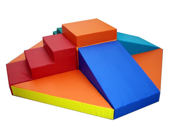 Конструктор «Мягкий остров» - ТОВАР ПОД ЗАКАЗ! СВЯЖИТЕСЬ С НАШИМ МЕНЕДЖЕРОМ - (4212)242-042 8-914-159-20-42  Куб (60*60*60) – 1 шт.,   ступенька (90*60*45) - 2шт,   горка (90*60*45) – 2 шт,   треугольник 90*15*90-4шт.