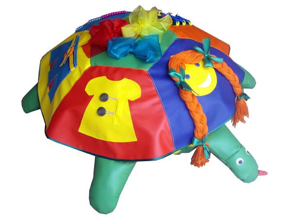 Чехол для черепахи «Наряжаем куклу» -