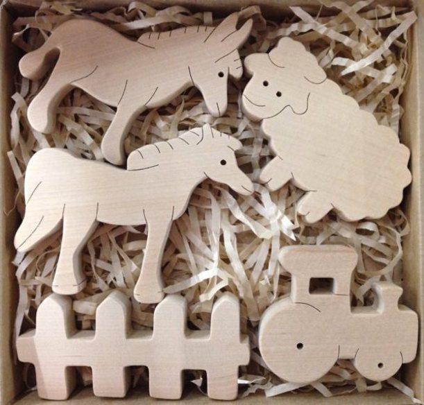 Набор Ферма 2. TreeTone. - размер коробки 20*20 см. лошадь, ослик, овца, трактор, забор