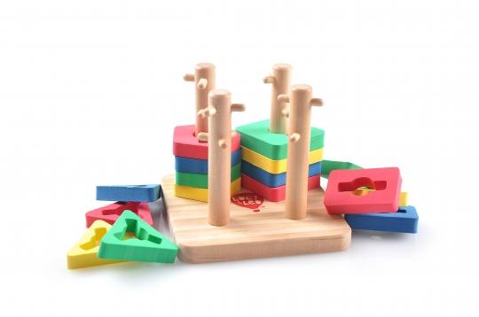 Логический квадрат малый - Логический квадрат - игрушка, которая тренирует сразу несколько навыков. Мелкую моторику, ориентировку в пространстве, логику, счет.