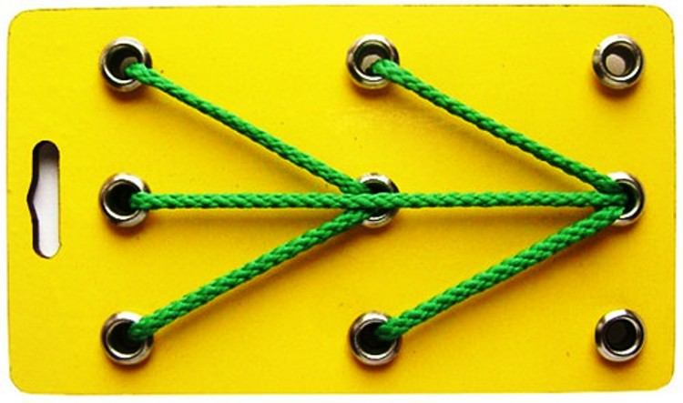 Воскобович. Шнур-малыш - Размер игрушки: 12,5х7,5 см.