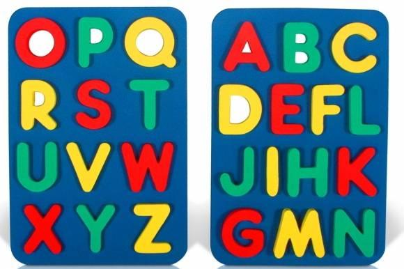 Алфавит английский - Возраст: от 1 до 7 лет. Легкий и приятный способ познакомить малыша с алфавитом. Буквы выполнены из мягкого, прочного, нетоксичного, абсолютно безопасного материала. Игра развивает у ребенка память, воображение, моторику, пространственное и логическое