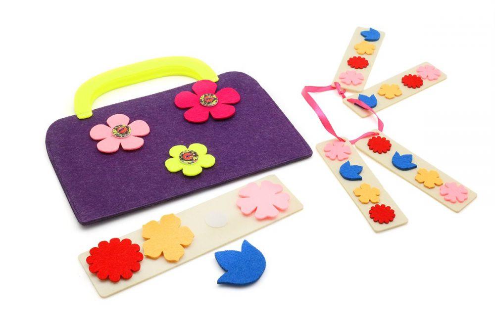 Сумка-игралка Цветы (фиолетовая) - Материал: фетр Размер сумочки: 22 см*19 см  Игра для обучения работе по образцу.