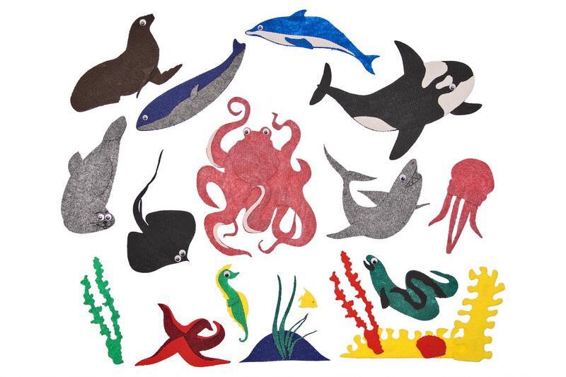 Подводный мир с игровым полем - Игровое поле 28*45см, осьминог, касатка, морской котик, тюлень, кит, акула, скат, медуза, краб, морской конек, дельфин, морская звезда, рыбки, кораллы, водоросли 2*2см до 25*20см.