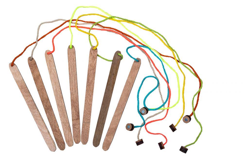 Удочка магнитная - Материал: фанера, магнит Размер палки: 1,5 см*20 см Длина шнурка: 50 см