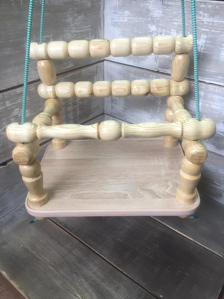Качели детская - размеры сидения 40*30 см; высота спинки 30см