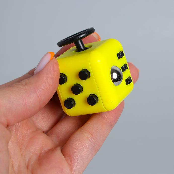 Кубик-антистресс - цвет в ассортименте, размер 3*3*3см