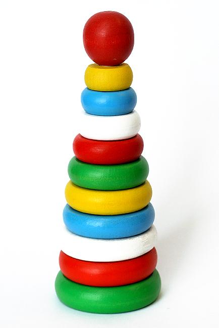 Климо. С49 Пирамида (дерево) - Размер:  75 x 75 x 195 мм