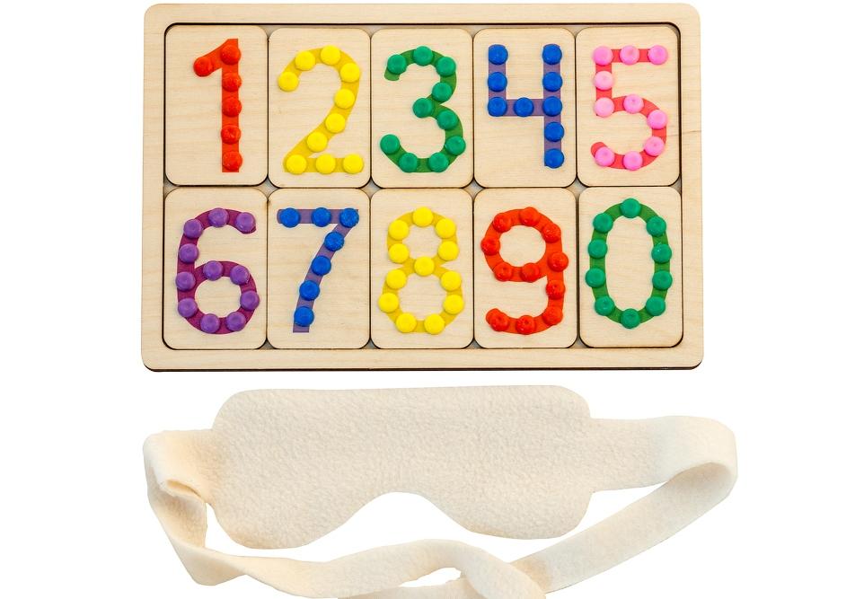 Тактильные цифры - Игра для знакомства ребенка с цифрами от 0 до 9 и развития тактильных ощущений.Цифры можно также использовать для работы со слабовидящими детьми, где особо важно совокупное задействование  зрительного и тактильного восприятий.